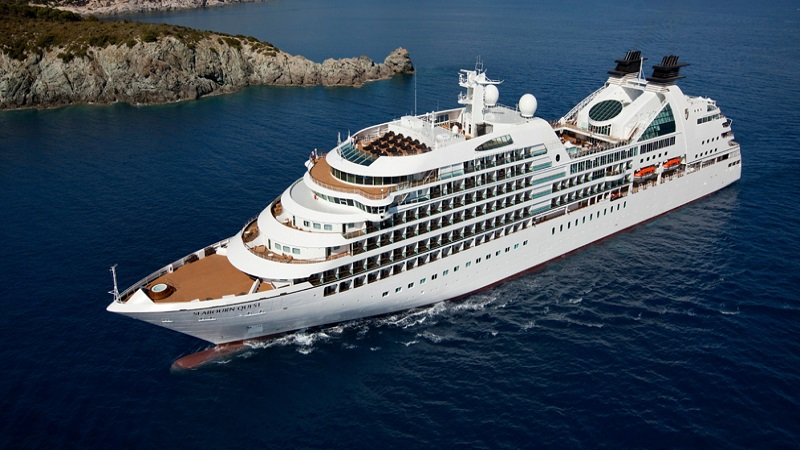 Top 8 Romantic Cruise Lines For Couples